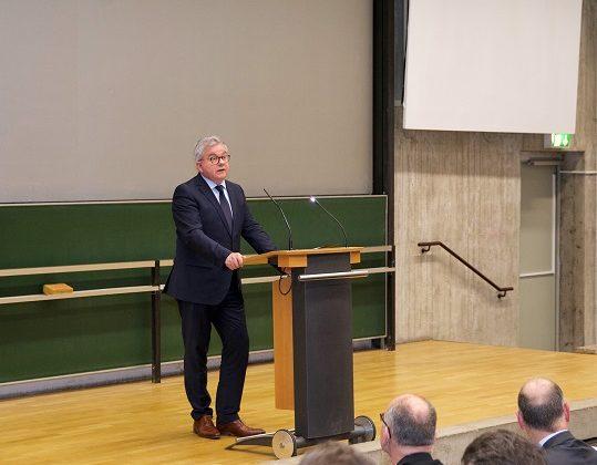 Tagung Minister 539x420 - Rückblick Jahrestagung 2018 & Bundestreffen forensischer Ambulanzen